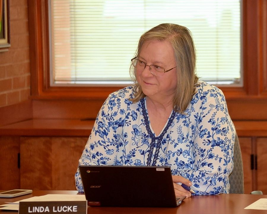 Linda Lucke has resigned from the Libertyville Elementary District 70 school board