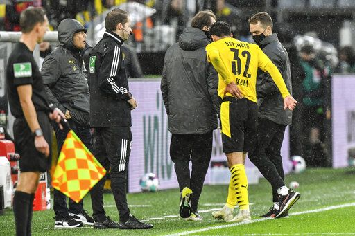 Dortmund's Giovanni Reyna leaves the pitch during the German Bundesliga soccer match between Borussia Dortmund and SC Freiburg in Dortmund, Germany, Saturday, Oct. 3, 2020.