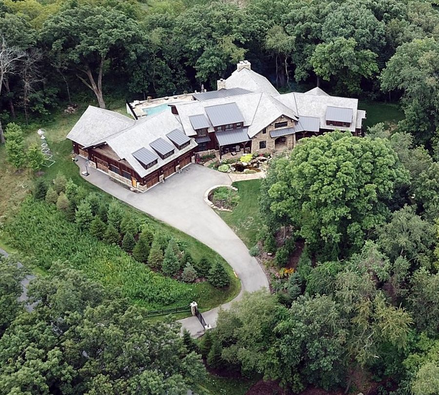 The secluded, gated home of former Harvest Bible Chapel pastor James MacDonald, west of Elgin.