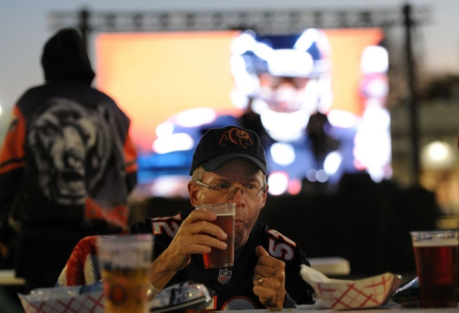 Jim Pekarek of Arlington Heights was among those to attend a Bears tailgate party last Thursday outside Rep's Place in Rolling Meadows. Outdoor dining will be allowed at Rolling Meadows restaurants until there is an effective COVID-19 vaccine or treatment, city aldermen agreed Tuesday.