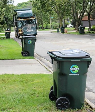 Groot, which has been Arlington Heights' waste hauler since 2003, has agreed to a new 7-year contract with the village at cheaper rates for weekly pickup service.