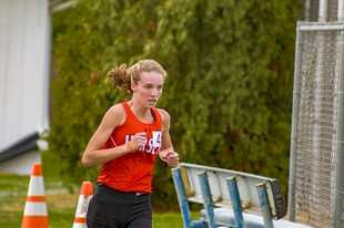 Hersey sophomore Anna Harden won the Mid-Suburban League championship last weekend.