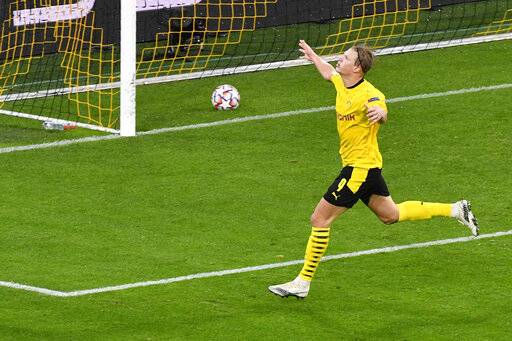 Dortmund Beats Zenit 2 0 For First Champions League Win