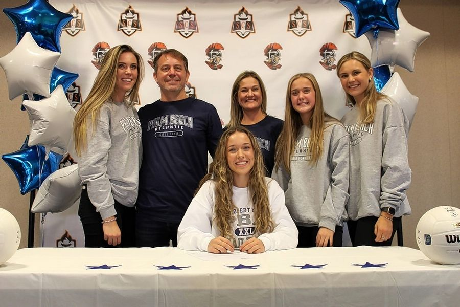 Schaumburg Christian senior volleyball player Lauren Cummings, the third of four sisters, is keeping her family's strong tradition alive by becoming the third straight sister to get a college scholarship for volleyball.