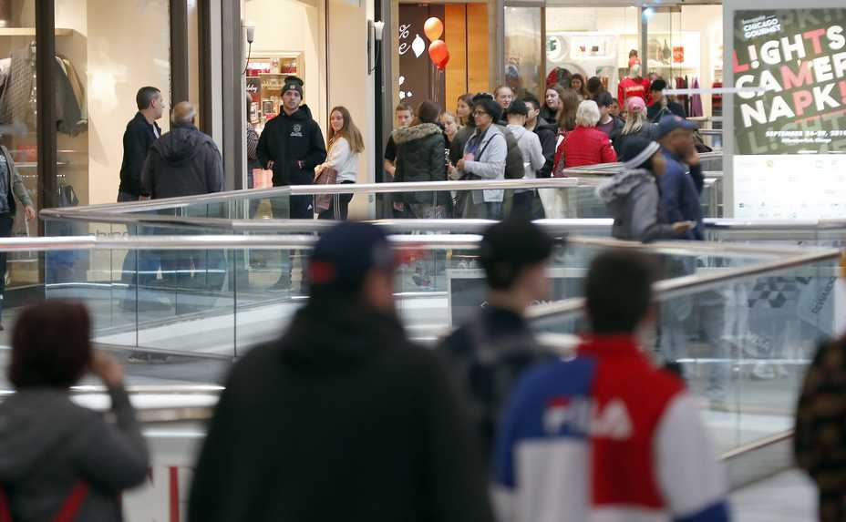 The Black Friday shopping scene will look different at Woodfield Mall in Schaumburg and elsewhere in the suburbs, as malls and stores are instituting capacity limits and other precautions because of the COVID-19 pandemic.