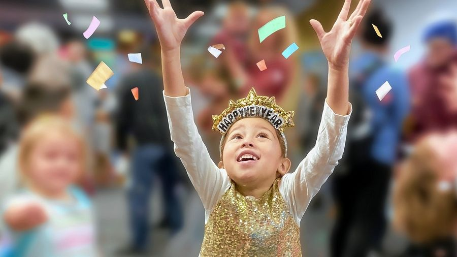 Bubble Bash is Box is a fun and flexible way to celebrate New Year's Eve at home with DuPage Children's Museum.