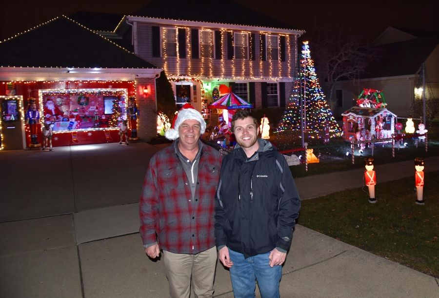 Holiday Lights Contest Editor's Choice Winner: DuPage County