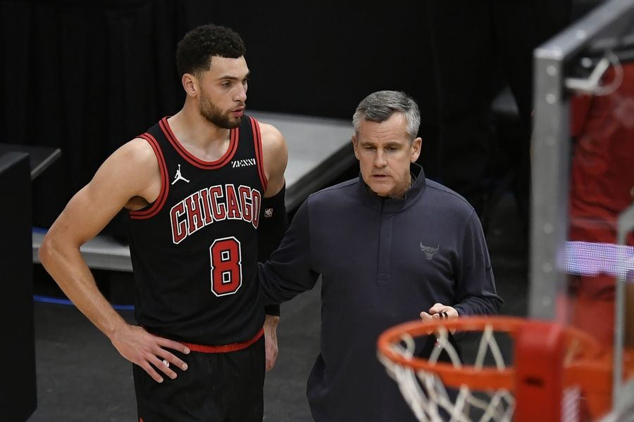 Bulls coach Billy Donovan has a few words for Zach LaVine during the second half of Sunday's win at Dallas.