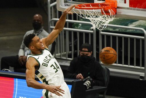 Bucks Snap 5 Game Skid With 98 85 Victory Over Thunder