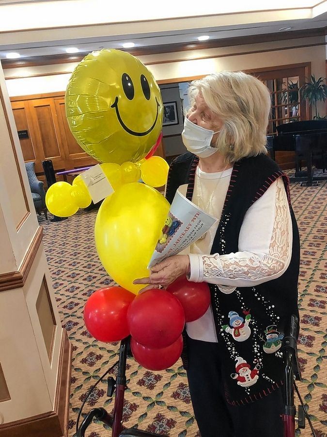 Balloon buddies were recently distributed to residents at Brookdale in Des Plaines.