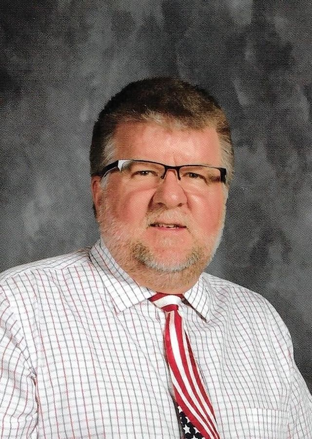 Thomas Hollatz, candidate for Lake Park High School District 108 board
