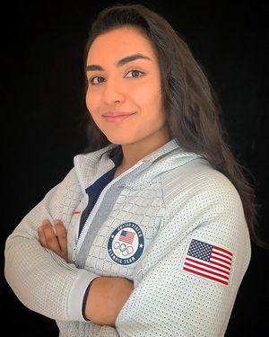 سيتنافس خريج مدرسة وارن الثانوية ونيفيلي باباداكيس من كورني مع فريق الولايات المتحدة الأمريكية في الجودو في دورة الألعاب الأولمبية القادمة.