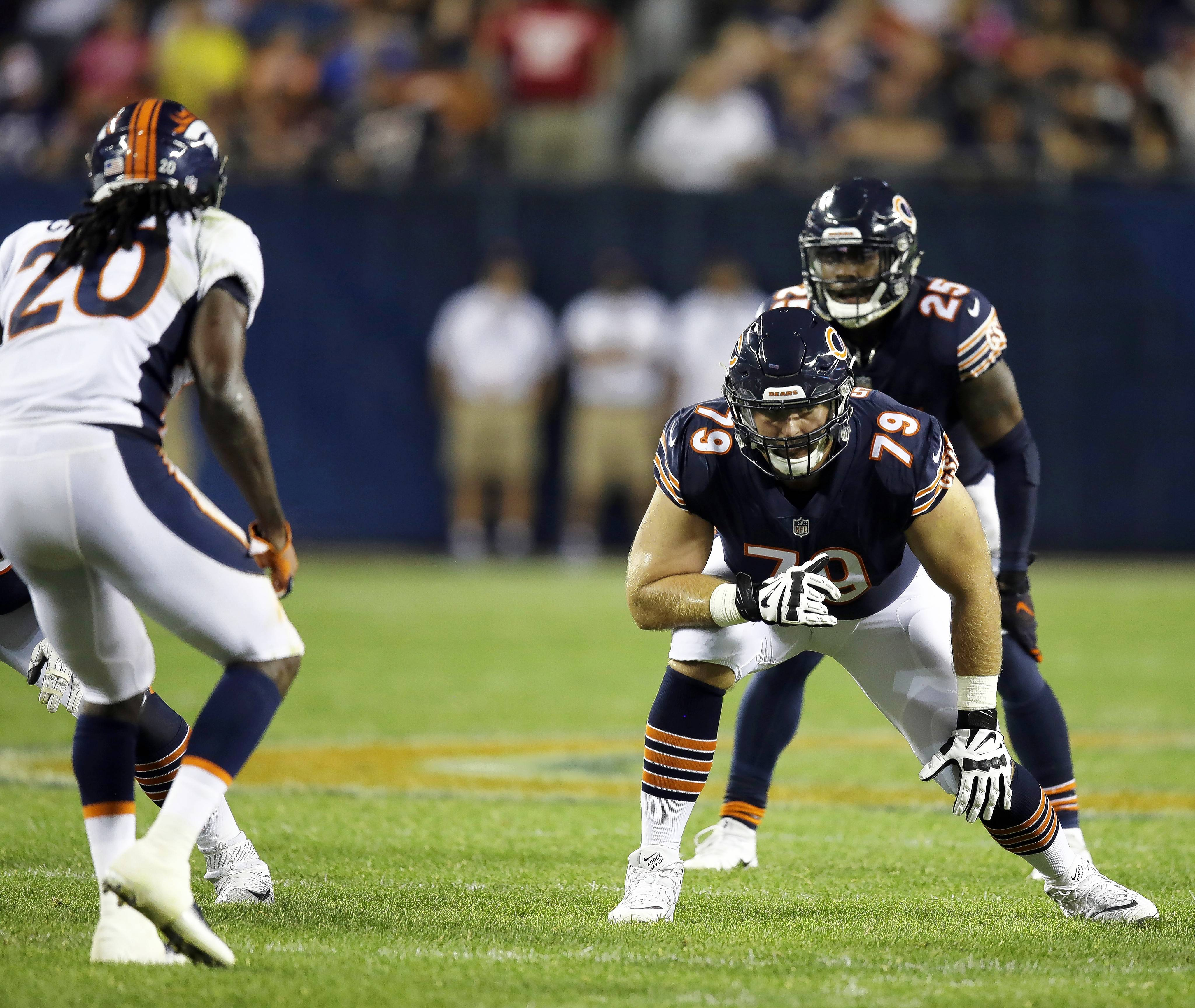 Chicago Bears agree on 2-year deal with backup OL Sowell