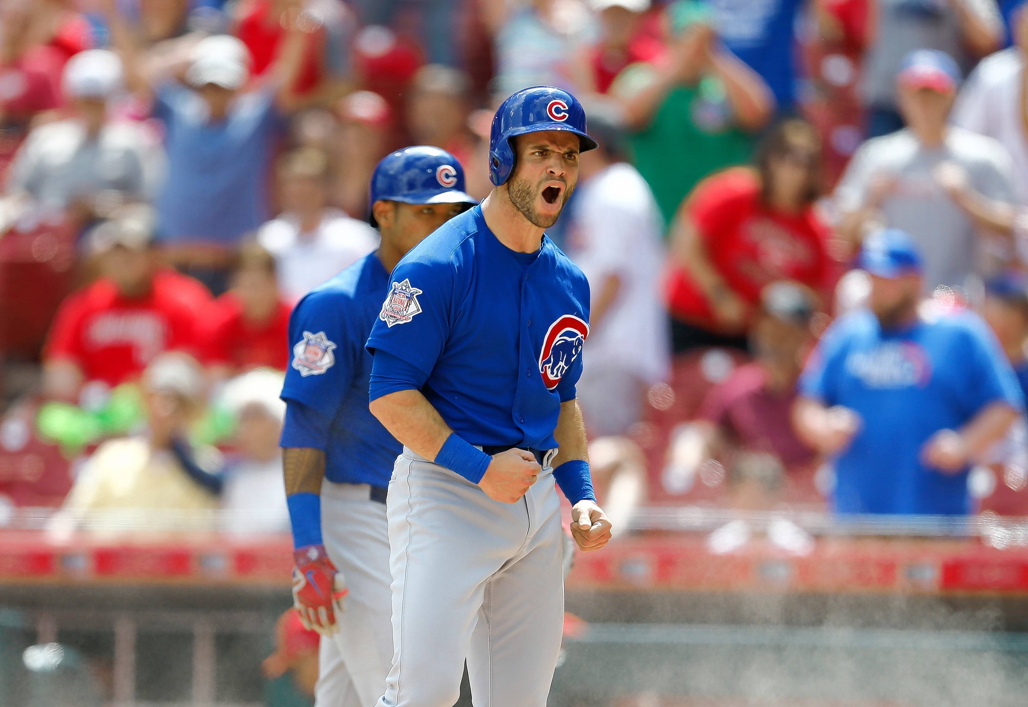 La Stella a big hit in role with Chicago Cubs