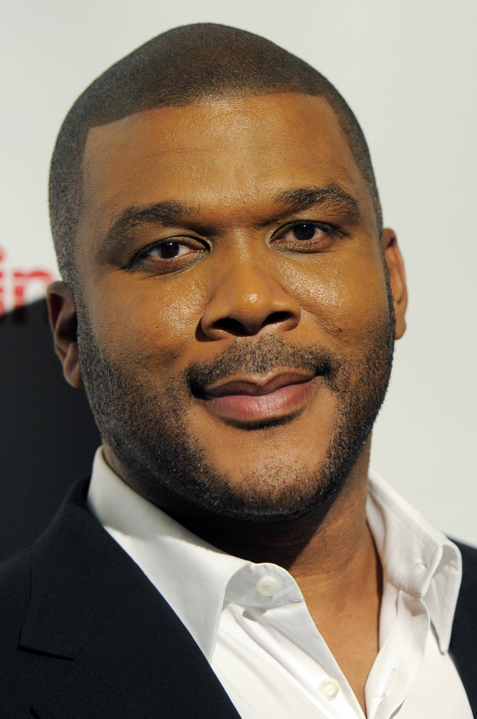 Facts Matter: Tyler Perry says social media giveaways in his name are fake
