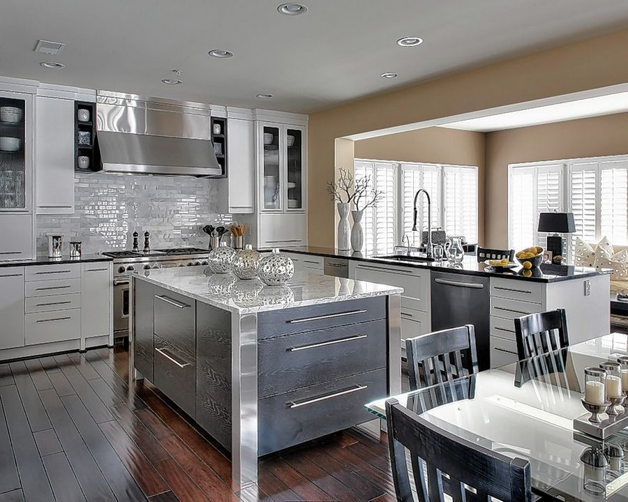 Local Company Quickly Updates Kitchen Cabinets