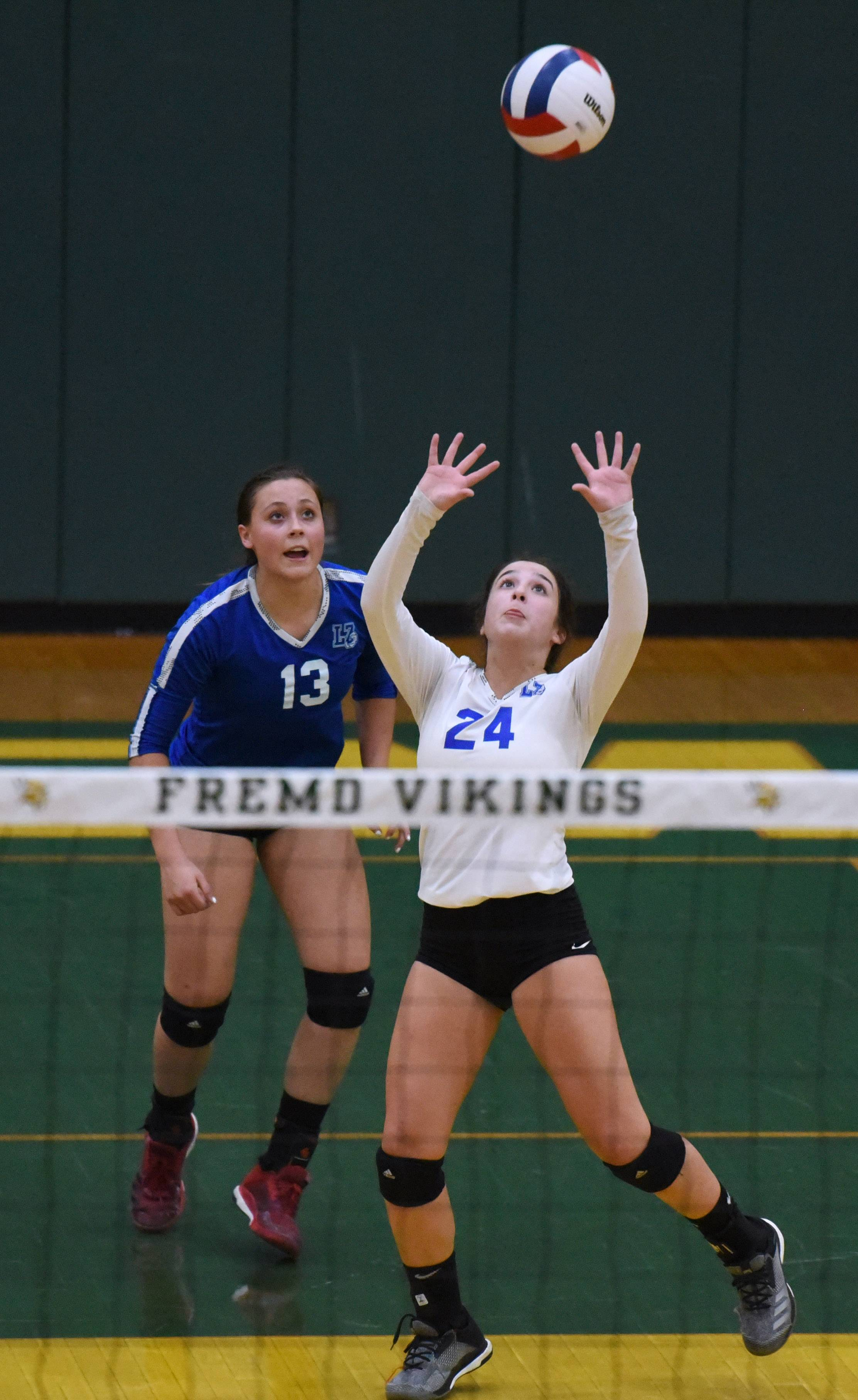 Girls volleyball: Fremd bounces back to beat Lake Zurich