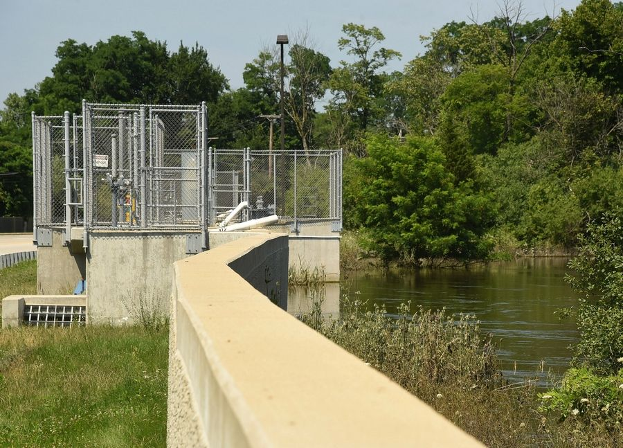 While Levee 37 along River Road in Mount Prospect has helped prevent flooding from the Des Plaines River, it also has prevented stormwater from draining out of nearby neighborhoods.
